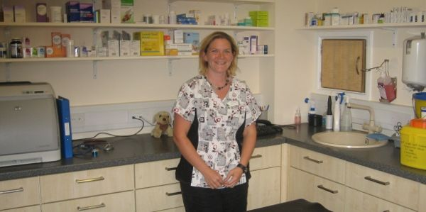 Amanda Manley BVSc MRCVS 	  in the consulting room at St Ives Veterinary Surgery
